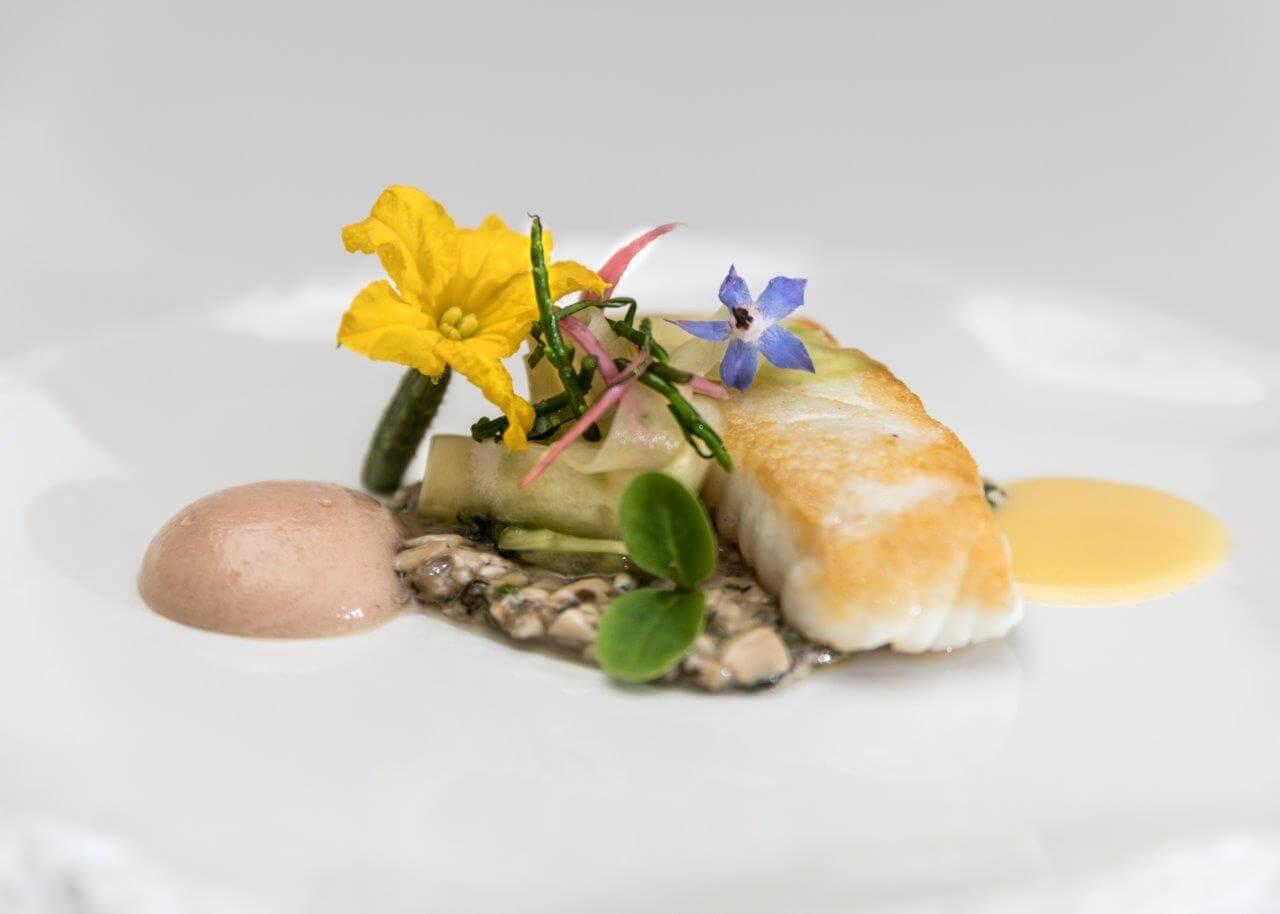Locaboat s'associe avec le restaurant 2 étoiles au guide michelin: La Côte Saint Jacques à Joigny
