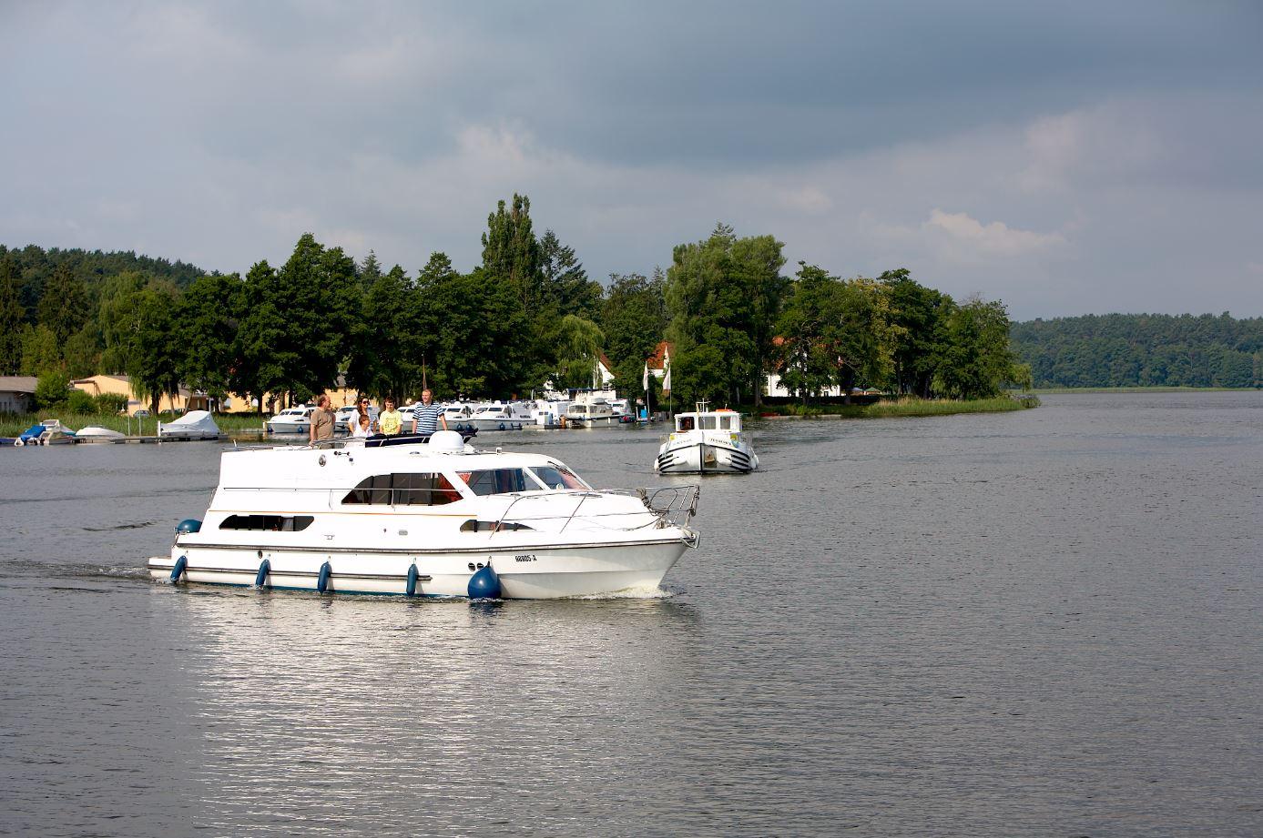 Deutschland mit Hausboot