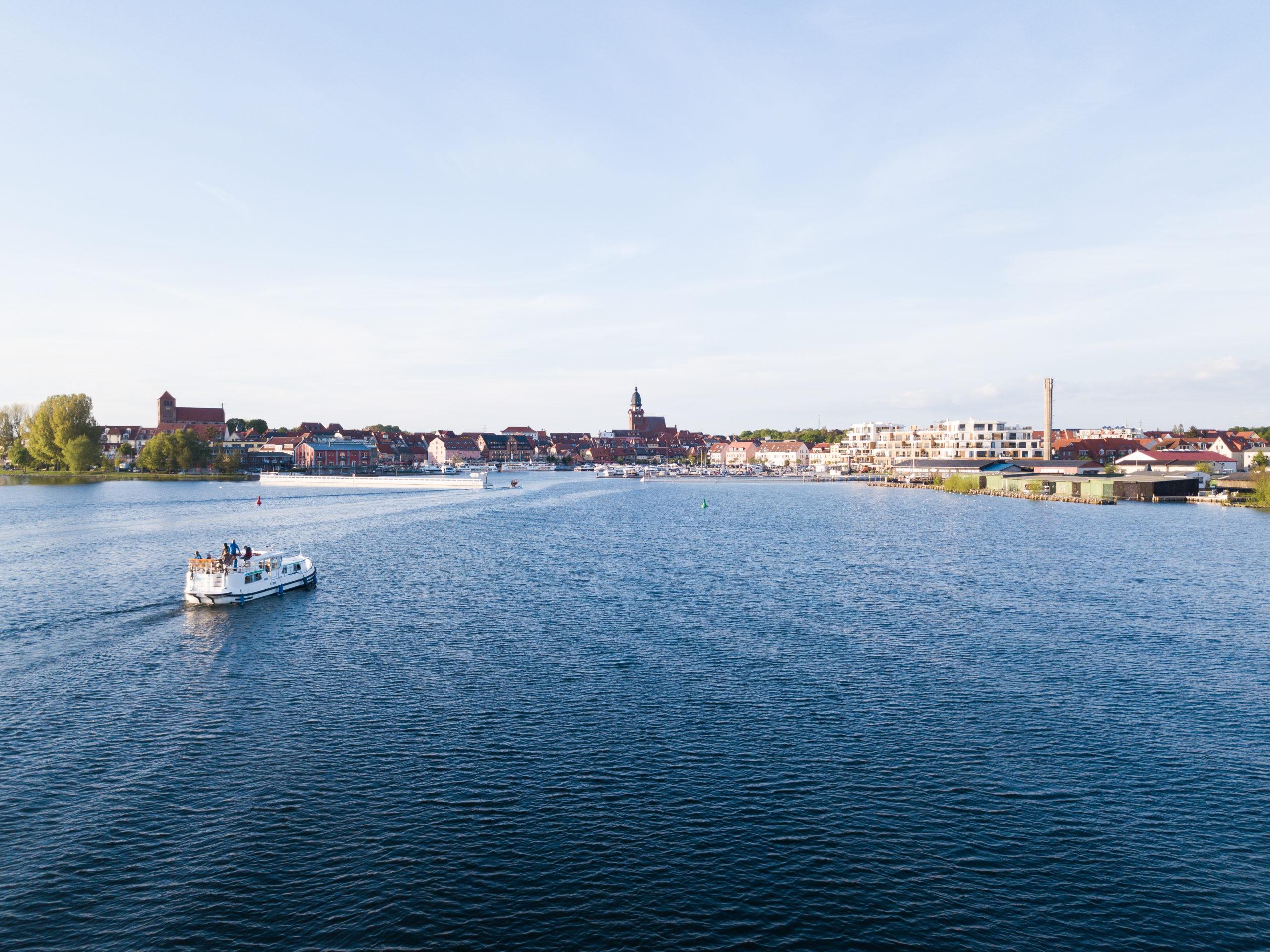 Seenlandschaft Locaboat