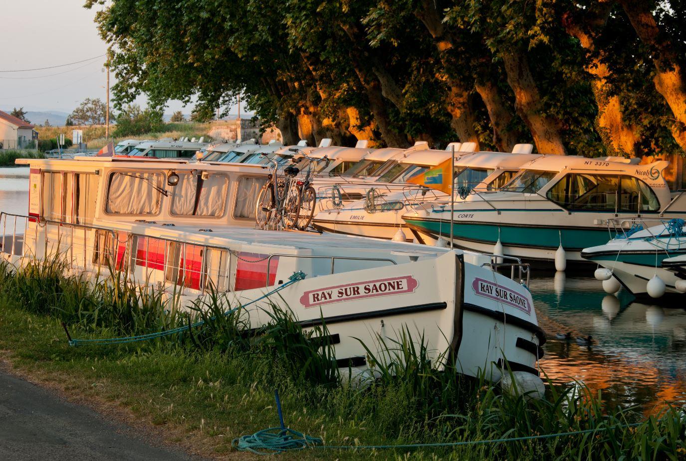 canal du midi - bateaux