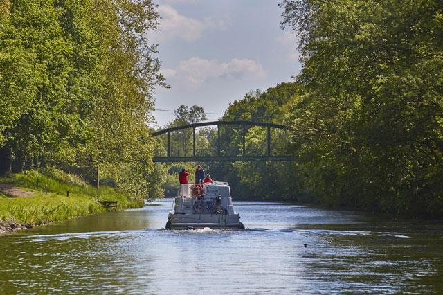 Location de bateau sur le Doubs : votre croisière fluviale en Bourgogne