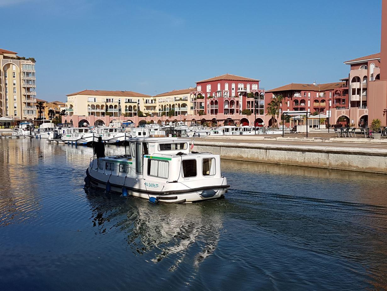 Wo kann man mit einem Hausboot fahren ?