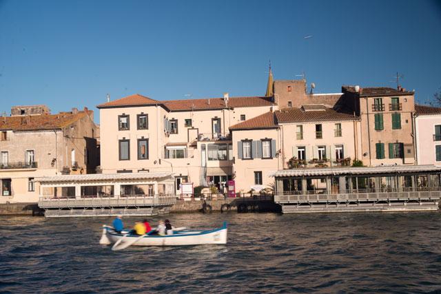 Quelles villes traversent le canal du Midi ?