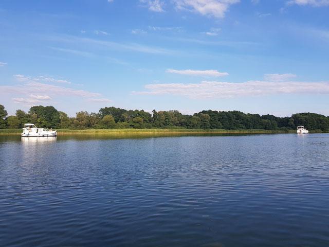 Tipp: Mit dem Hausboot Schwerin besuchen
