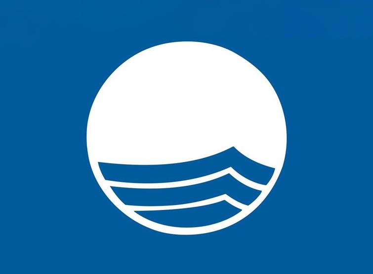 Locaboat et sa base de Corbigny obtiennent le label Pavillon Bleu