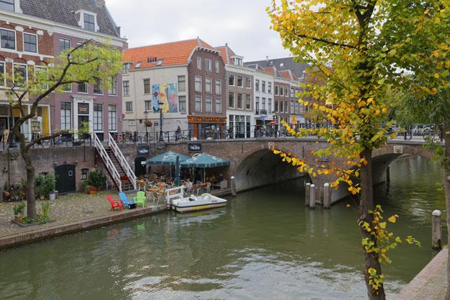 Terrassenträumer und Grachtengenießer: Mit dem Hausboot durch Utrecht