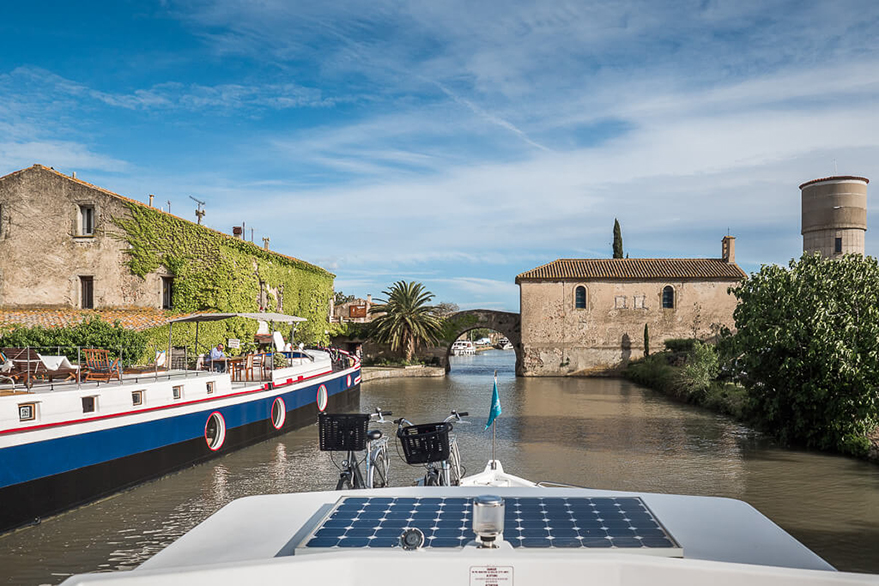 The writers of the blog 'Un sac sur le dos' give us their tips for the Canal du Midi