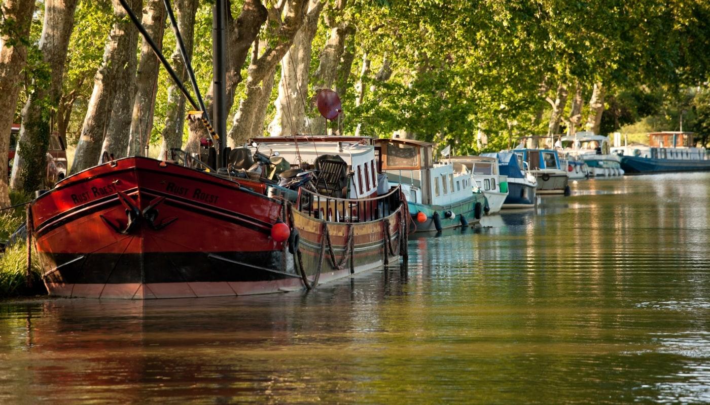 croisi re fluviale canal du midi en bateau sans permis locaboat. Black Bedroom Furniture Sets. Home Design Ideas