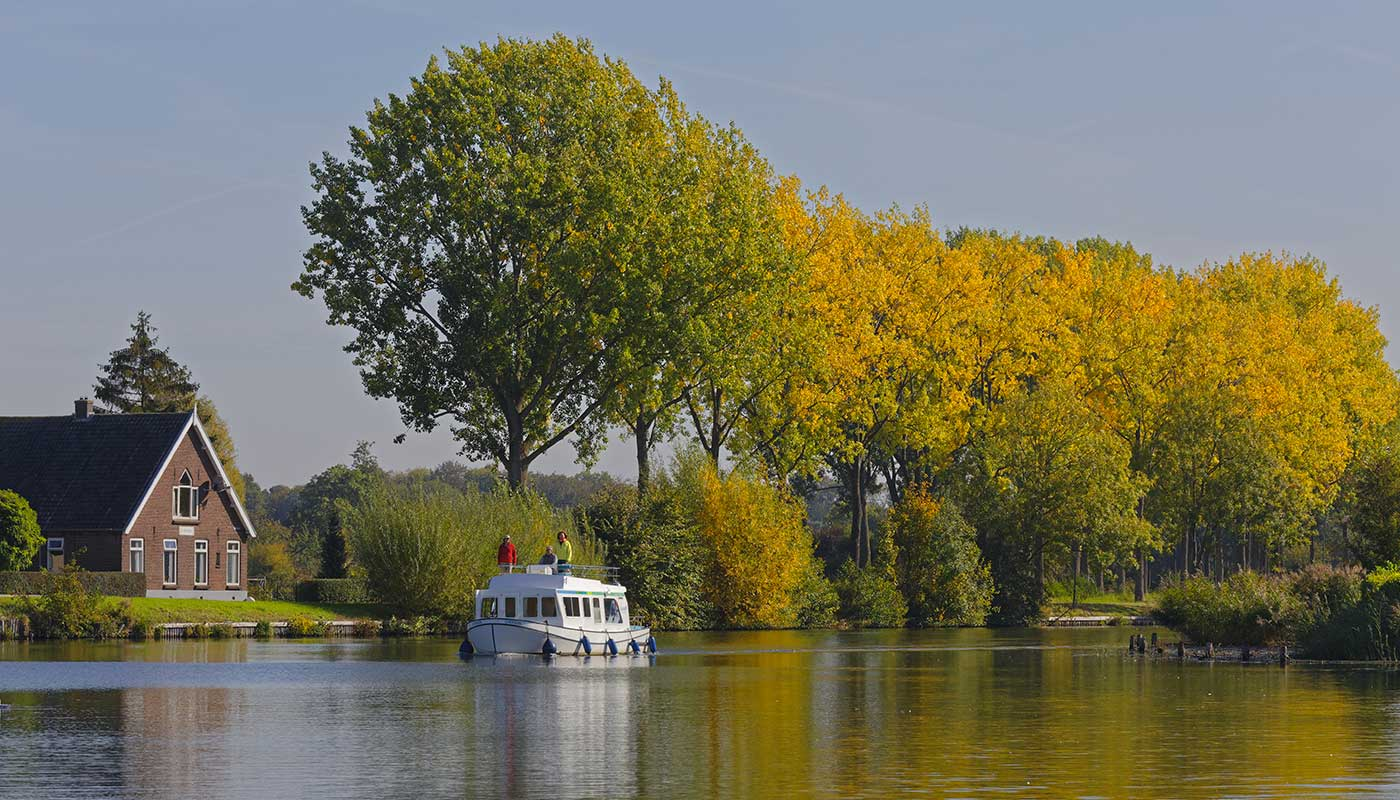 Holland cruises & boating holidays in Europe - Locaboat
